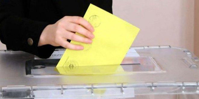 Yurt dışında kaç kişi oy kullandı?