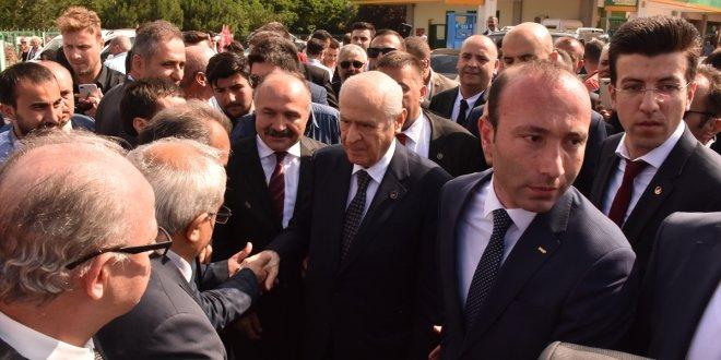 Devlet Bahçeli İYİ Partili başkanı ziyaret etti