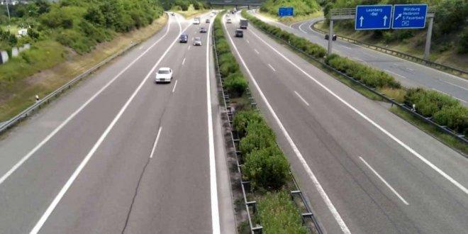 Almanya'da tüm yollar ücretli olacak