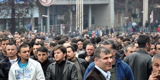 Metal işçileri Ereğli'de grevde