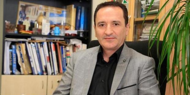 SDÜ profesörüne 'tweet' soruşturması