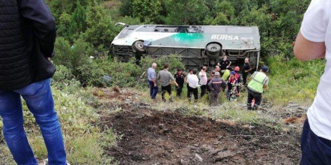 Otobüs devrildi: Çok sayıda ölü ve yaralı var
