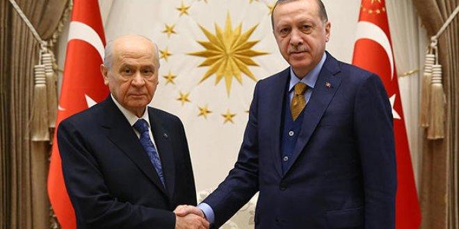 Bahçeli ve HÜDA PAR'dan Erdoğan'a tebrik