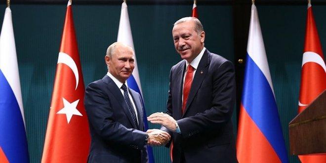 Putin'den Erdoğan'a tebrik