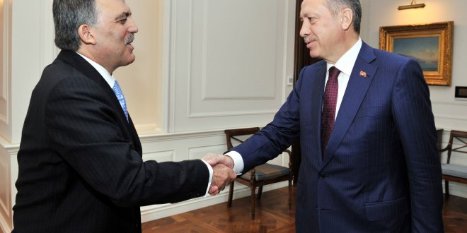 Abdullah Gül'den, Erdoğan'a tebrik telefonu