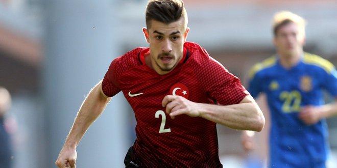 Beşiktaş Dorukhan'ı renklerine bağladı