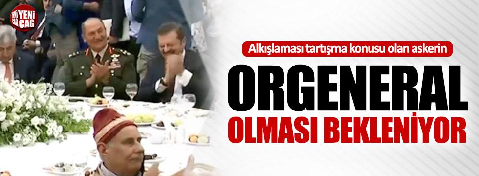 Erdoğan'ı alkışlayan Temel'e orgenerallik
