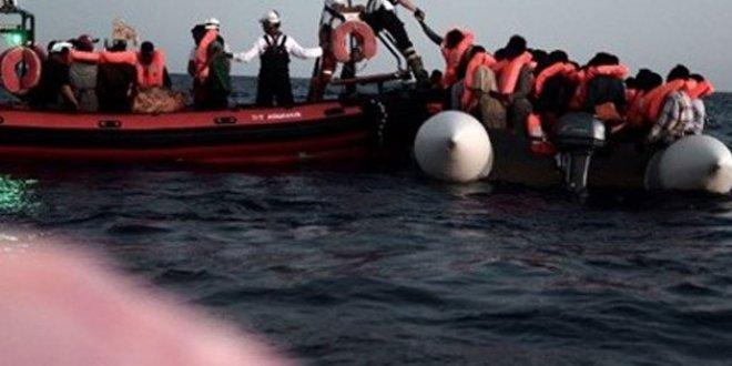 Akdeniz'de sığınmacı teknesi battı
