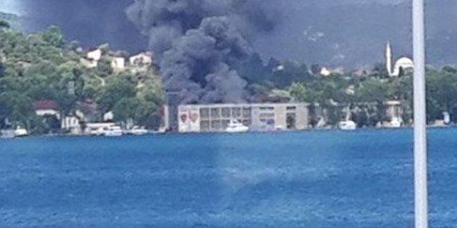 Beykoz kundura fabrikasında yangın!