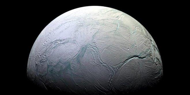 Enceladus'ta yaşama dair kanıtlar bulundu