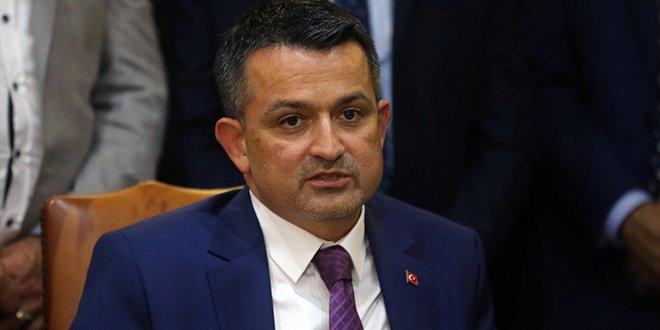 Tarım Bakanı Pakdemirli Turkcell'den istifa etti