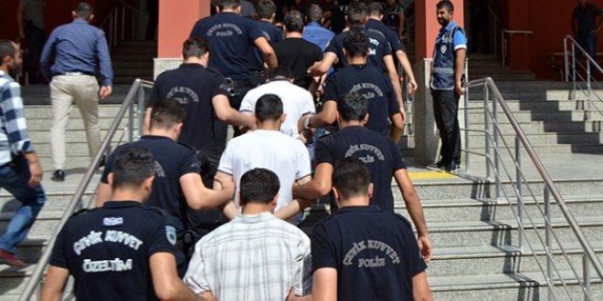 """FETÖ'nün """"ankesörlü telefon"""" aramalarına hapis cezası"""