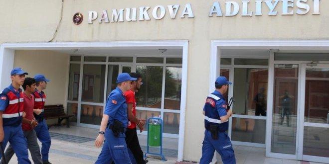 Kapı kapı gezen hırsızlar yakalandı