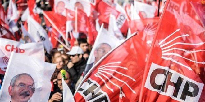 CHP'de kritik kurultay istifası