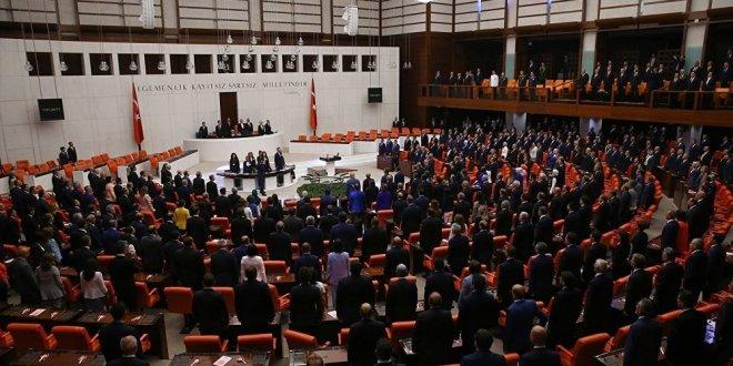 Eski Bakanlar, Meclis Komisyonu'na başkan oldu