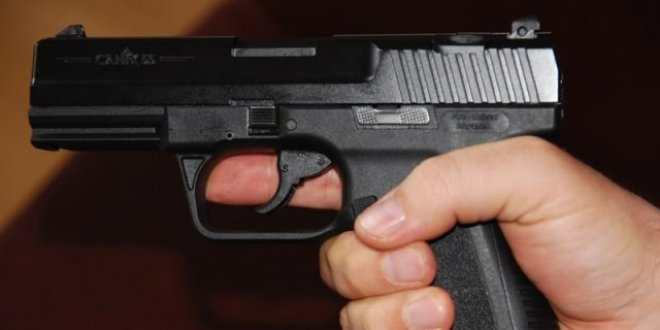 Silahla oynayan çocuk, yanlışlıkla kardeşini öldürdü