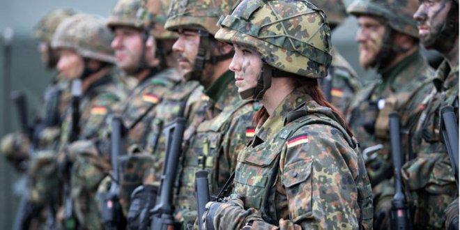 Almanya'dan yabancı asker hamlesi