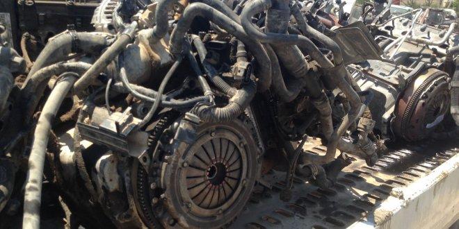 Otomobilleri parçalayarak satan çeteye operasyon