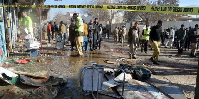 Pakistan'da seçim günü intihar saldırısı