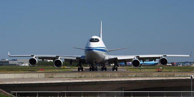 Paris-Pekin uçağında asılsız bomba ihbarı