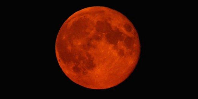 Kanlı Ay tutulması kaçta başlayacak, nereden izlenecek?
