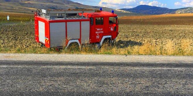 Yangına giden itfaiye aracı otomobille çarpıştı