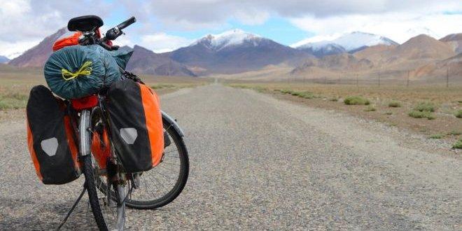 Tacikistan'da yabancı turistlere saldırı