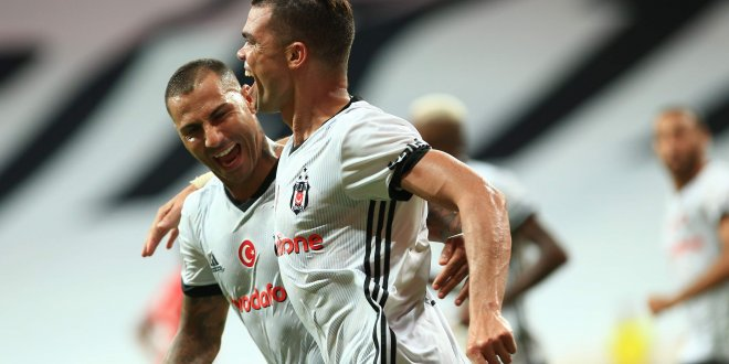 Pepe ve Quaresma'dan Beşiktaş kararı