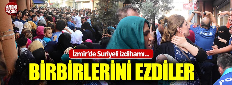 İzmir'de Suriyeliler geçici kimlik için birbirlerini ezdi