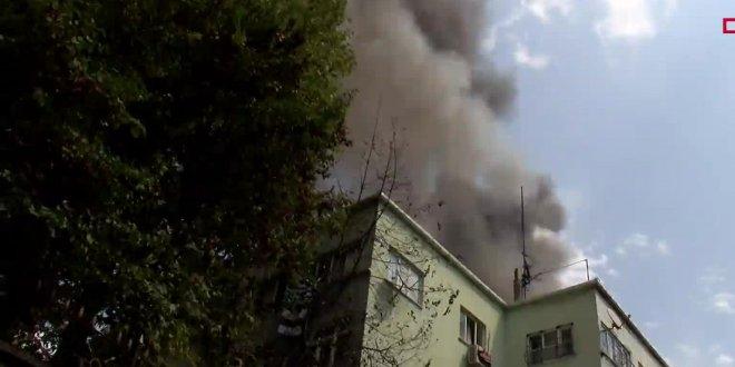 Fatih'de öğrenci yurdunda yangın