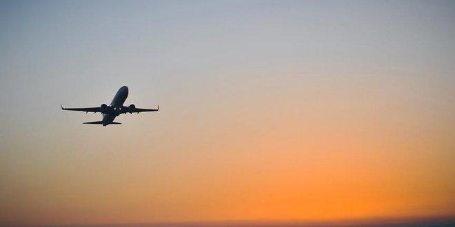 Uçakta 'bomba' şakasına gözaltı