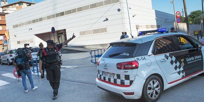 İspanya'da karakola saldırı