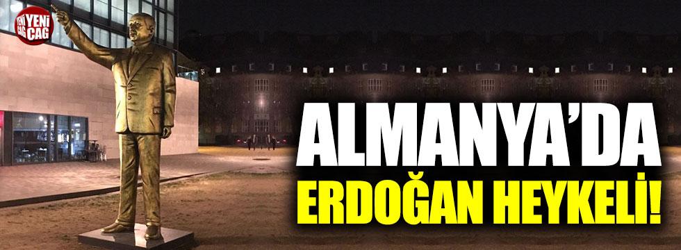Almanya'da Erdoğan heykeli!