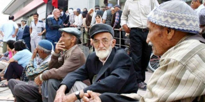 CHP'den emekliliği yaşa takılanlar için kanun teklifi