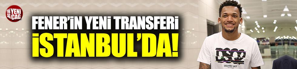 Fenerbahçe'nin yeni transferi Jailson İstanbul'da