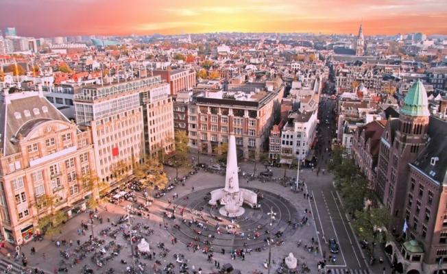 Amsterdam'da saldırı alarmı