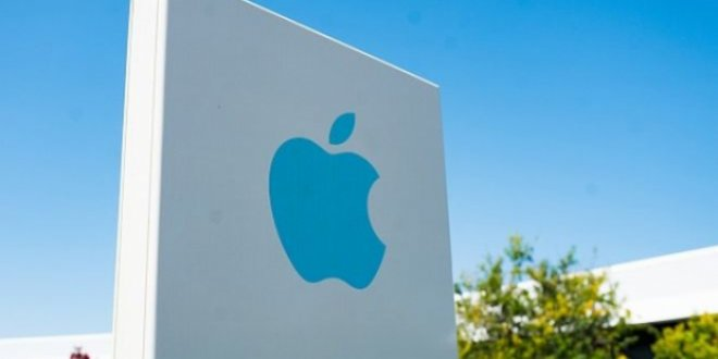 Apple'ın sürücüsüz aracı kaza yaptı
