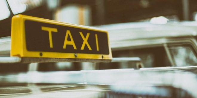 Yolcusunu gasp eden taksici ve arkadaşı tutuklandı