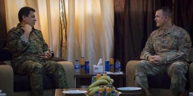 ABD'li general YPG'li elebaşı ile görüştü