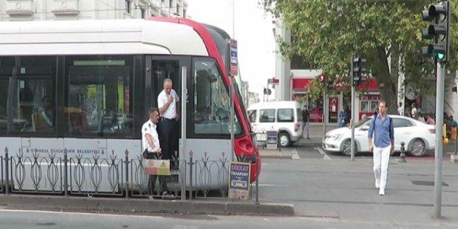Tramvay yolunda korkunç kaza