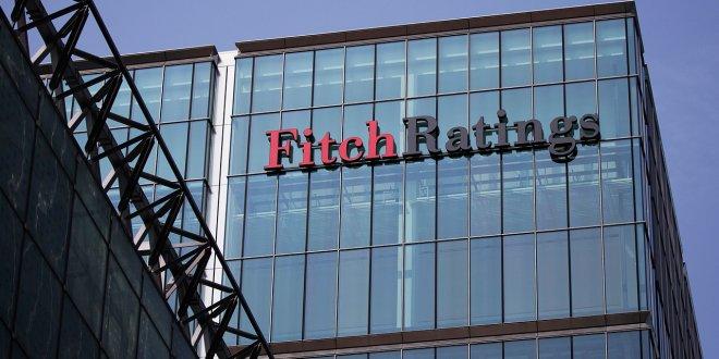 Fitch, 4 bankanın kredi notunu düşürdü