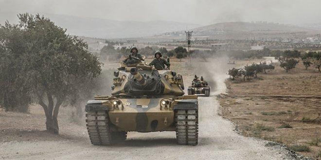 Tanklar Suriye sınırına konuşlanıyor