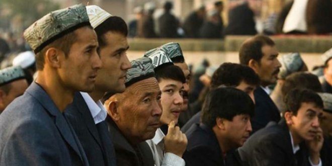 Uygur Türk'ü çocuklar zorla yetimhanelere gönderiliyor!