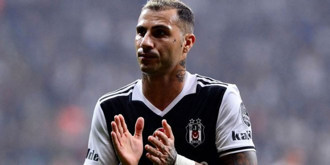 Beşiktaş 145 bin forma sattı