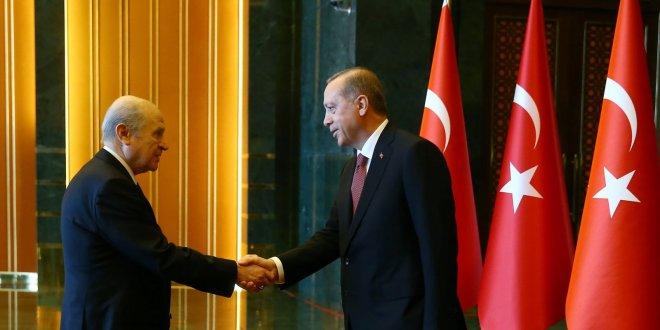 AKP ve MHP ittifak yapacak mı?