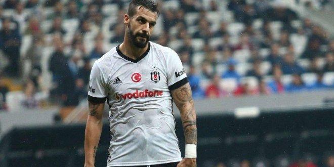 Beşiktaş'ta Negredo defteri kapanıyor