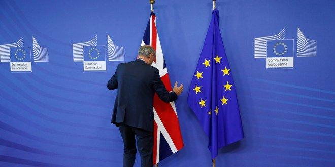 AB'den İngiltere için acil toplantı talebi