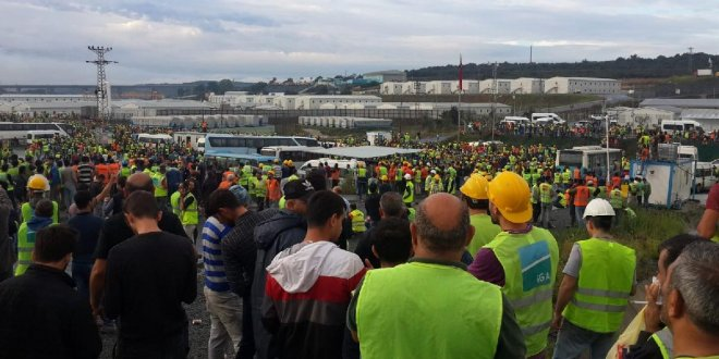 29 havalimanı işçisine tutuklama talebi