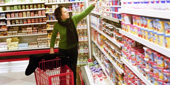 Tüketici güveni son 3 yılın dibinde