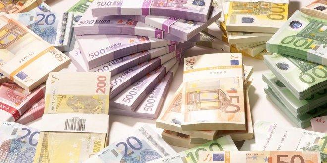 Avrupa'da CEO'ların maaşı dudak uçuklattı